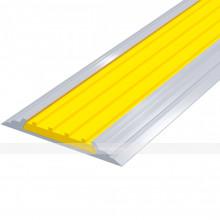 Лента тактильная направляющая, антивандальная, в AL профиле ВхШхГ 46х4,5, материал вставки - ПВХ, шириной 29мм желтого цвета
